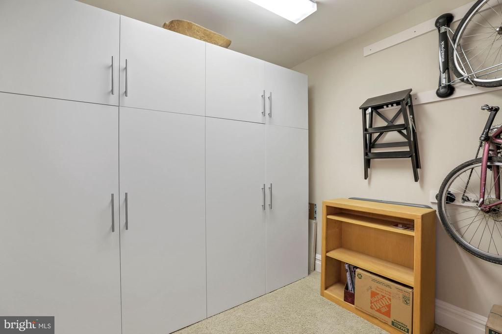 Lower Level Storage/Hobby Room - 9610 DEWITT DR #PH101, SILVER SPRING