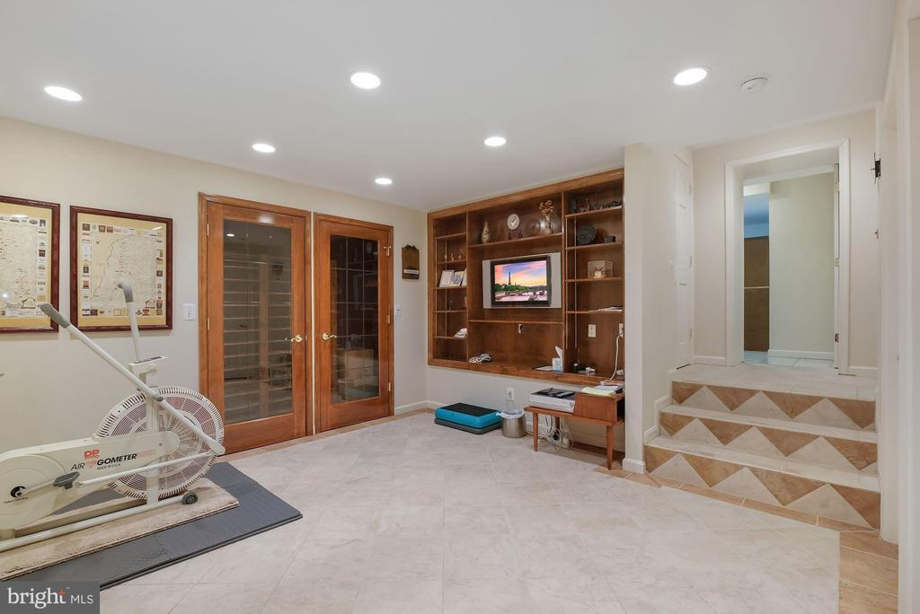 Built-ins  with wine cellar - 5707 ROSSMORE DR, BETHESDA