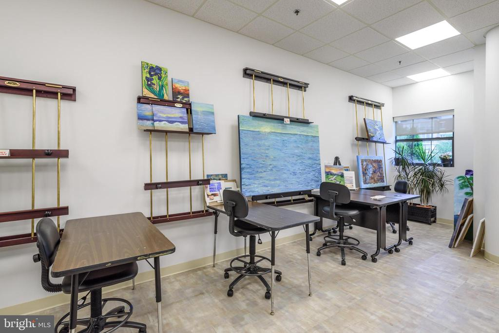 Art Studio at LW Clubhouse - 19360 MAGNOLIA GROVE SQ #212, LEESBURG