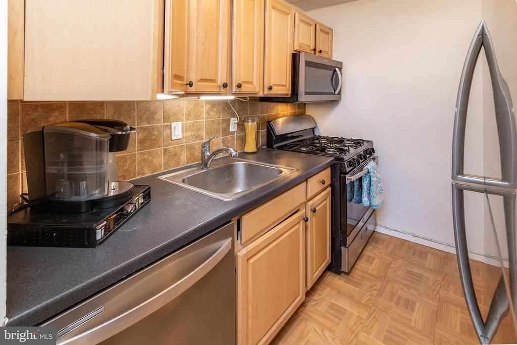 - 2605 HUNTINGTON AVE #66, ALEXANDRIA