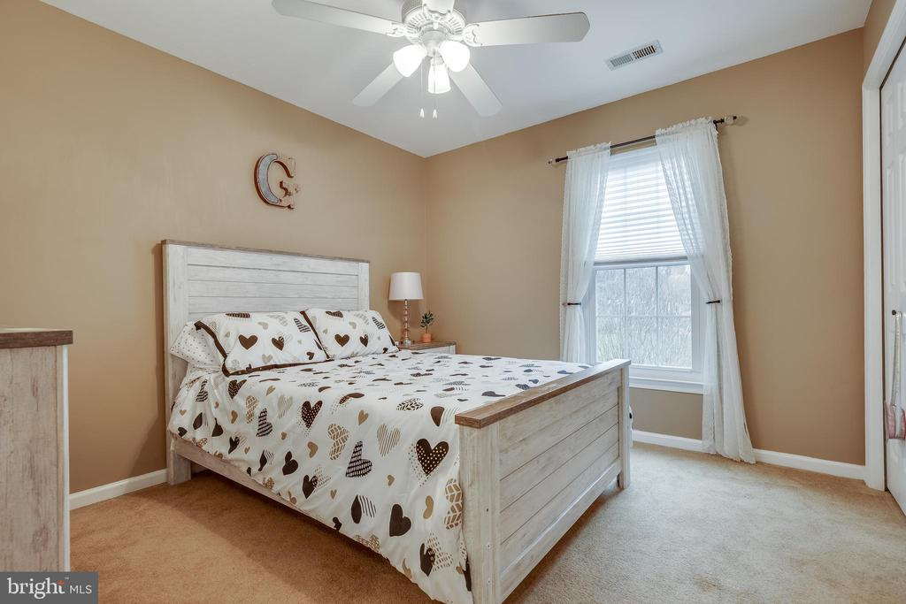 Secondary Bedroom - 43216 LINDSAY MARIE DR, ASHBURN