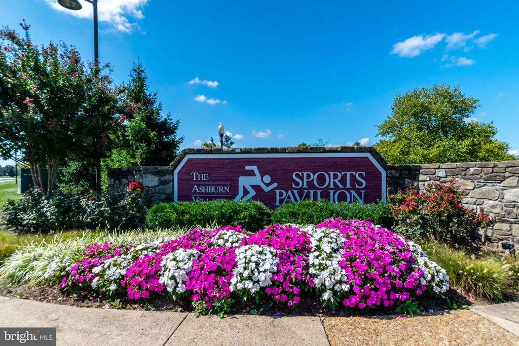 Fabulous Sports Pavillion - 20577 SNOWSHOE SQ #301, ASHBURN