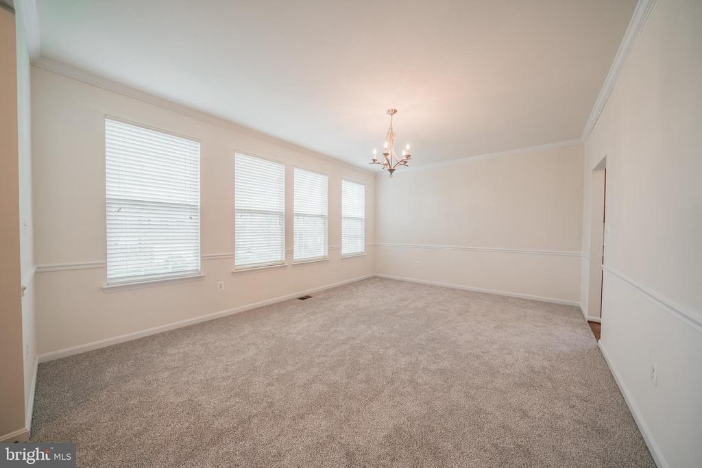 FORMAL DINING RM 2 - 2944 AMERICAN EAGLE BLVD, WOODBRIDGE