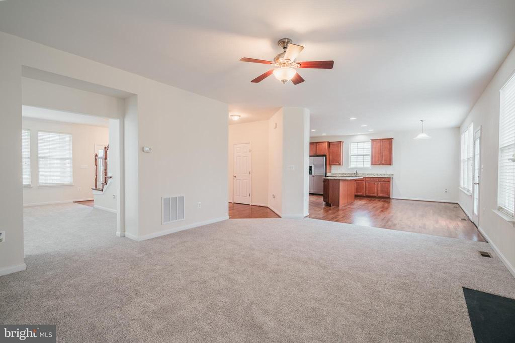 FAMILY RM - 2944 AMERICAN EAGLE BLVD, WOODBRIDGE