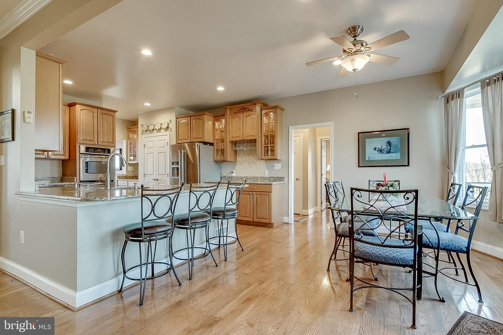 Breakfast room  leads to deck - 42070 SADDLEBROOK PL, LEESBURG