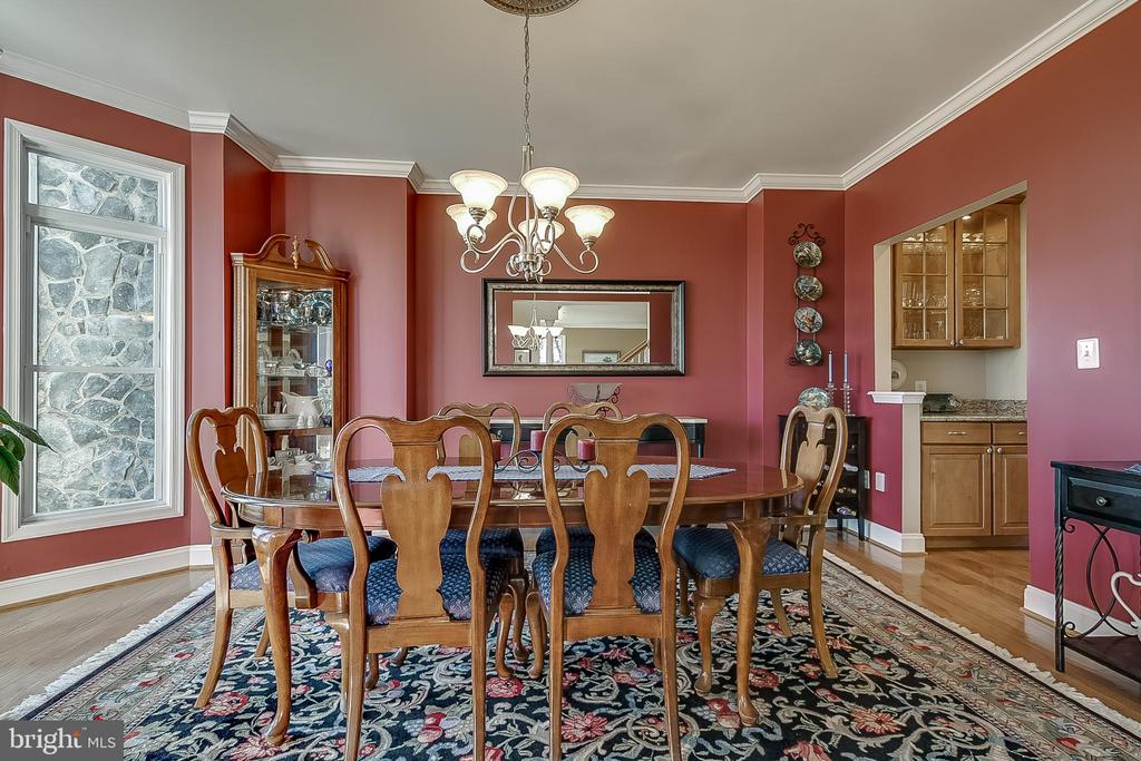 Great for large gatherings - 42070 SADDLEBROOK PL, LEESBURG