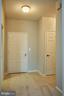 Entry hallway - 19350 MAGNOLIA GROVE SQ #407, LEESBURG