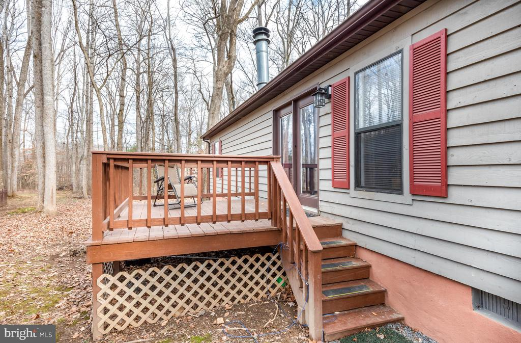 - 2207 LAKEVIEW PKWY, LOCUST GROVE