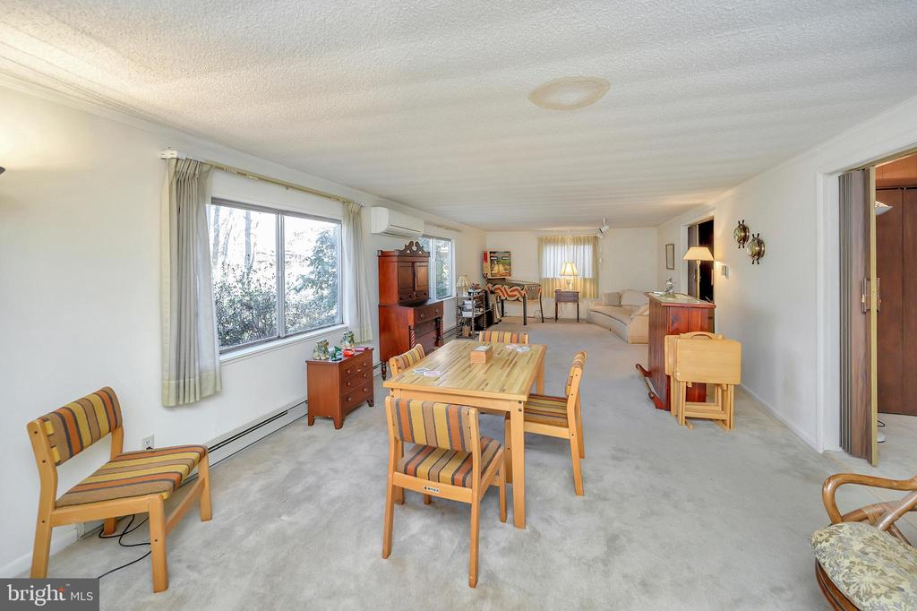family room - 116 WASHINGTON ST, LOCUST GROVE