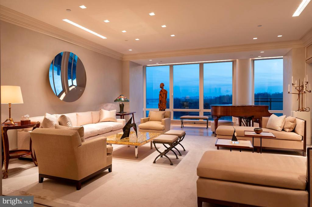 Welcome to Penthouse 2C - 3150 SOUTH ST NW #PH2C & 1M, WASHINGTON