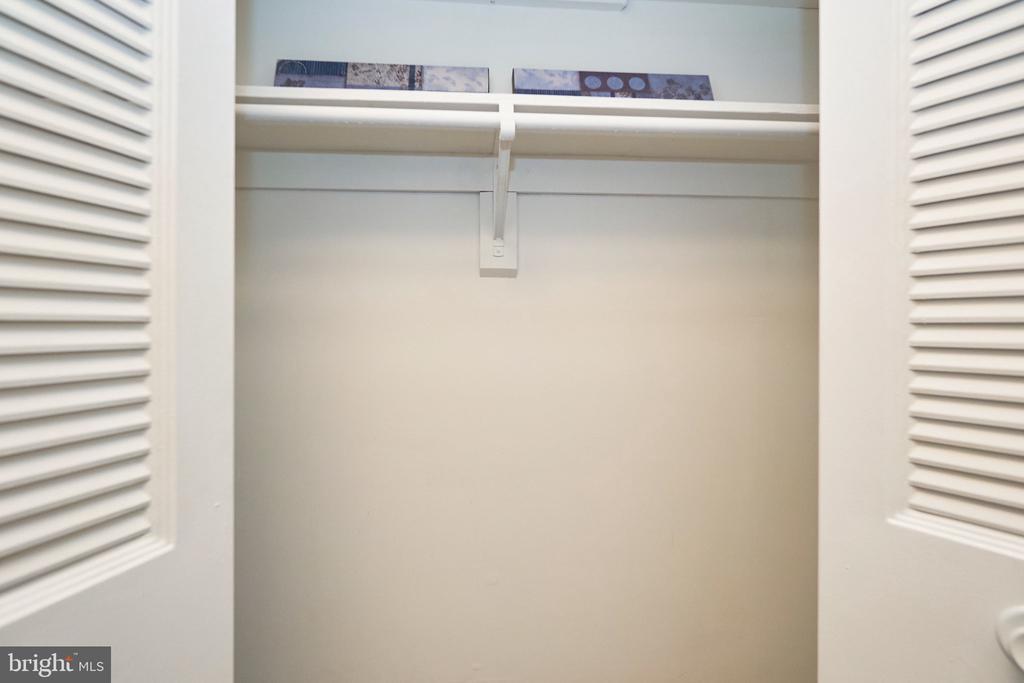 Large Coat Closet in main hallway. - 5009 7TH RD S #102, ARLINGTON