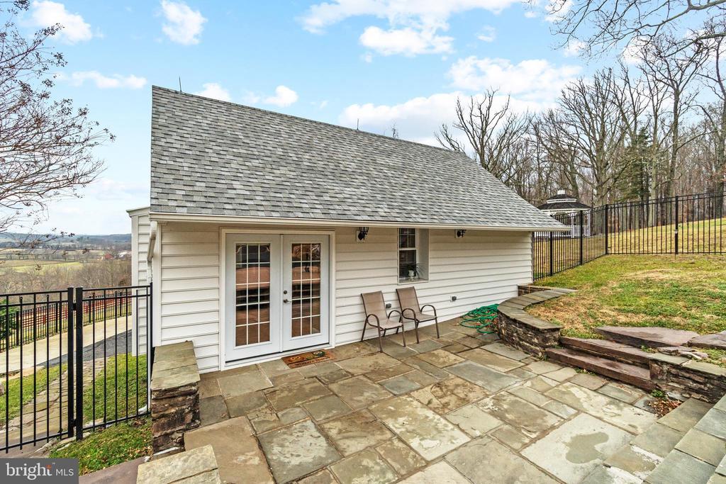 Guest House - 2 Bedrooms, 2 Bathrooms + Laundry. - 40543 COURTLAND FARM LN, ALDIE