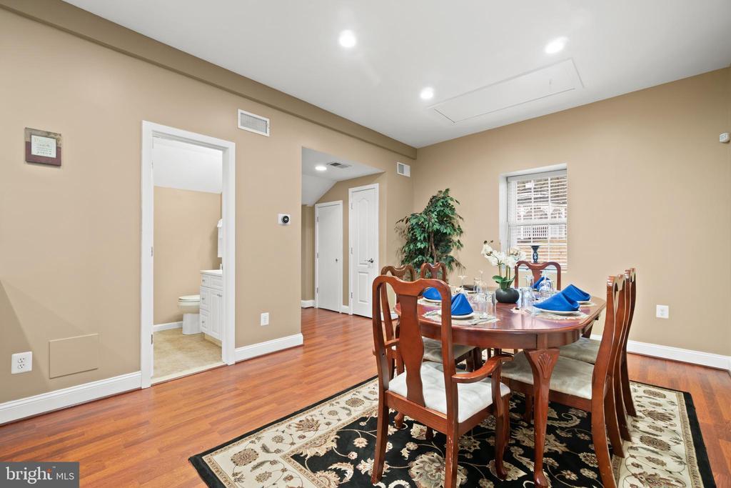 Guest House Dinning - 40543 COURTLAND FARM LN, ALDIE