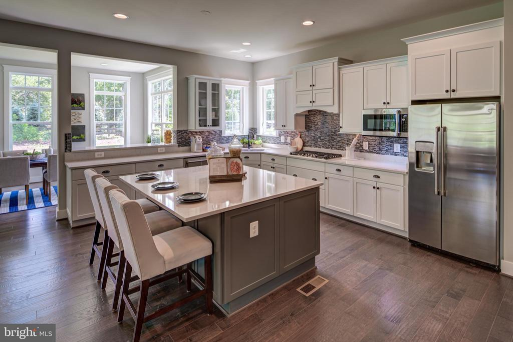 Tons of Cabinets(previous model) - 3283-A FOX MILL, OAKTON