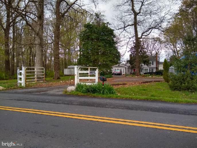 - 16971 PURCELLVILLE RD, PURCELLVILLE