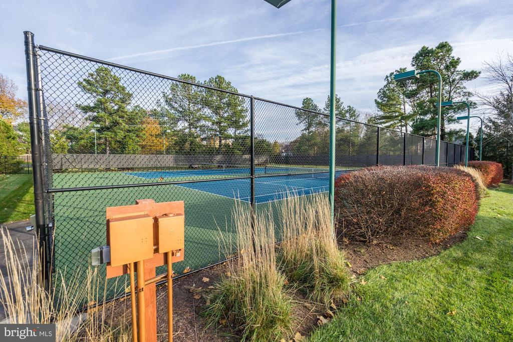 Community Tennis Courts - 3862 BEECH DOWN DR, CHANTILLY