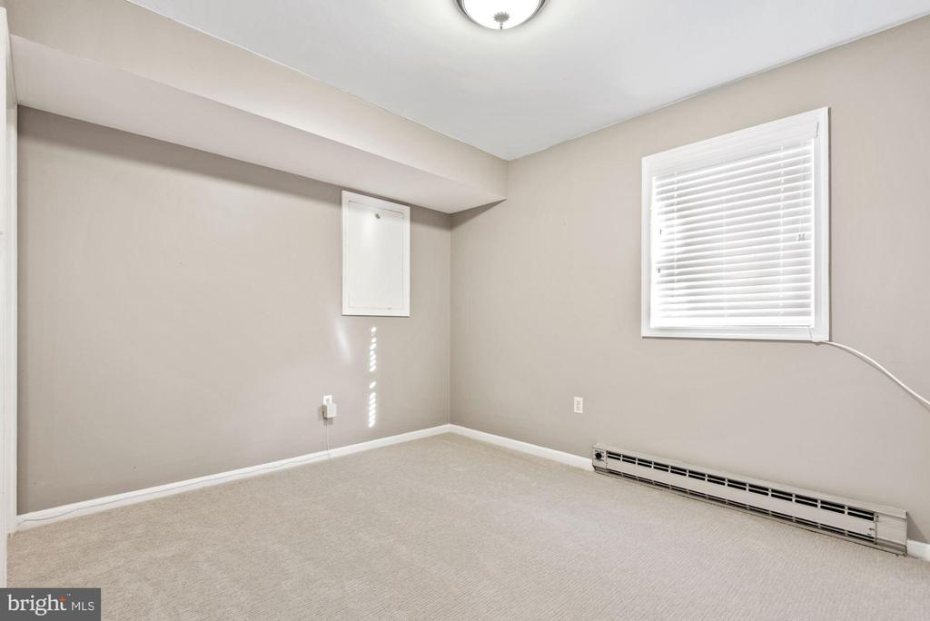Office/Fourth Bedroom on lower level - 3145 14TH ST S, ARLINGTON