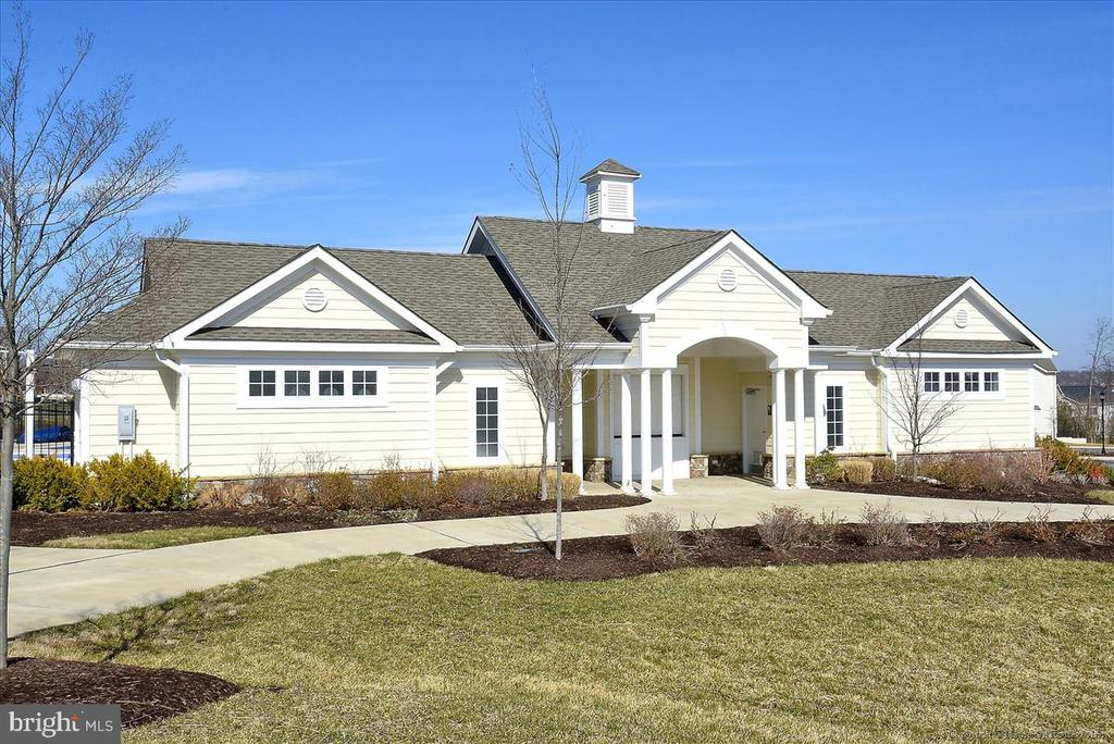You'll have access to the beautiful clubhouse - 43137 WEALDSTONE TER, ASHBURN