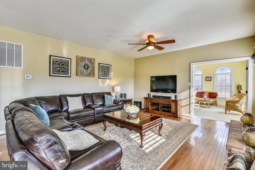 Family Room - 37195 KOERNER LN, PURCELLVILLE