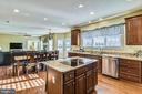Kitchen with Stainless Steel Appliances - 37195 KOERNER LN, PURCELLVILLE