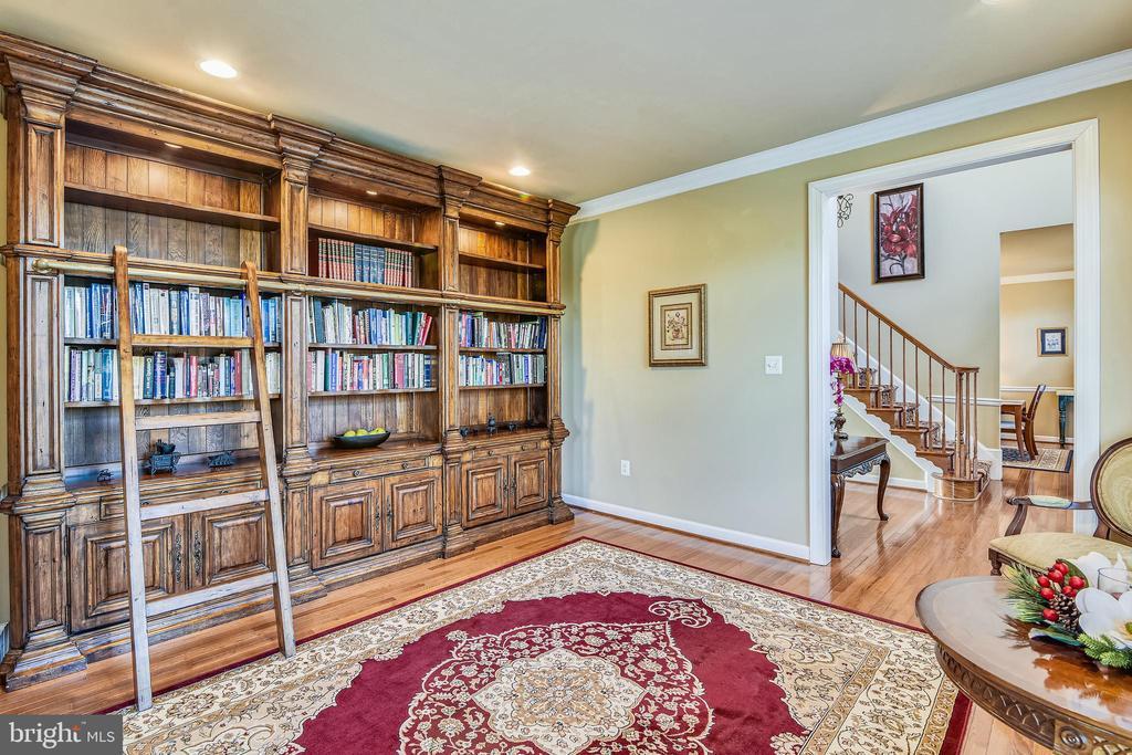 Living Room - 37195 KOERNER LN, PURCELLVILLE
