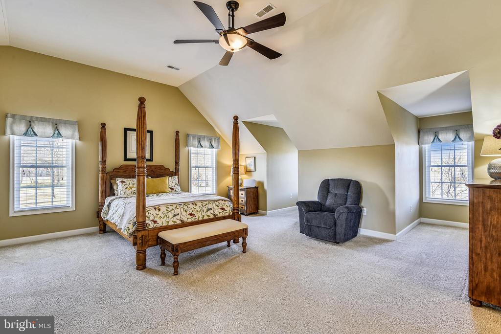Primary Bedroom #2 - 37195 KOERNER LN, PURCELLVILLE