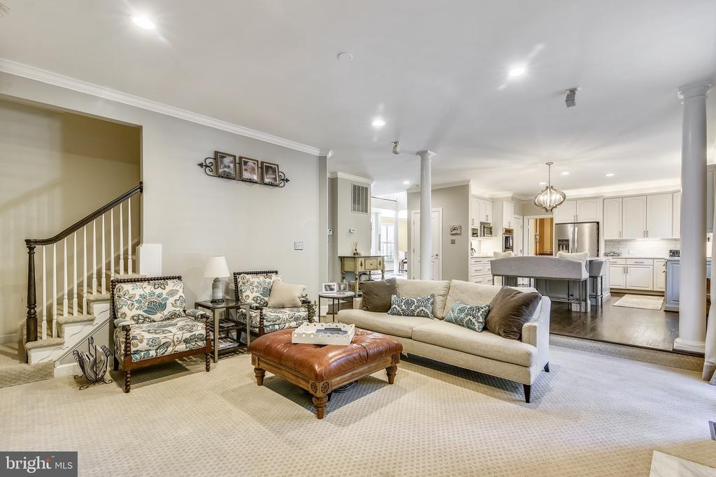 Family Room w back Stairwell - 20449 SWAN CREEK CT, POTOMAC FALLS