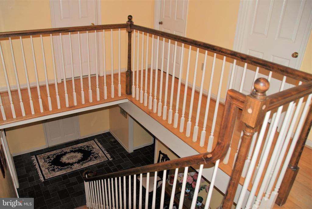 Upstairs looking down towards foyer - 12138 HARPERS FERRY RD, PURCELLVILLE