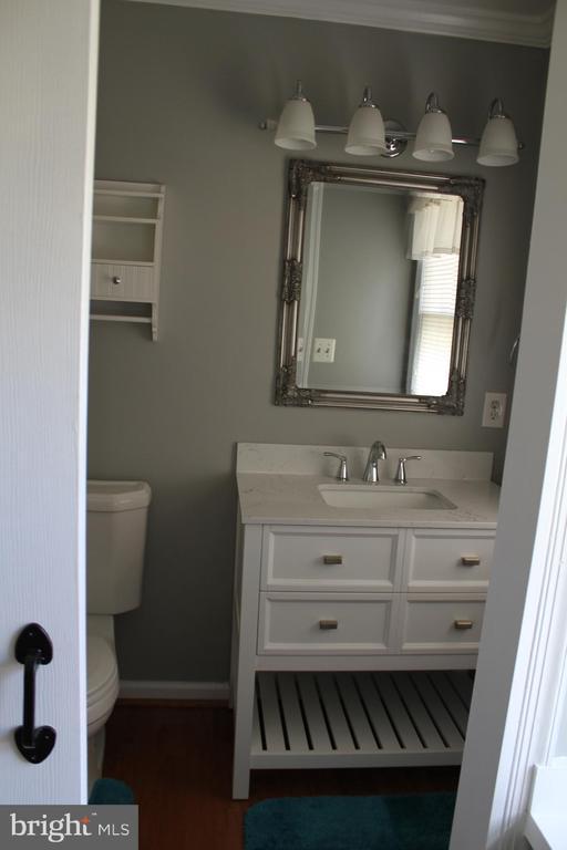 Master Bathroom - 8320 MORNINGSIDE DR, MANASSAS