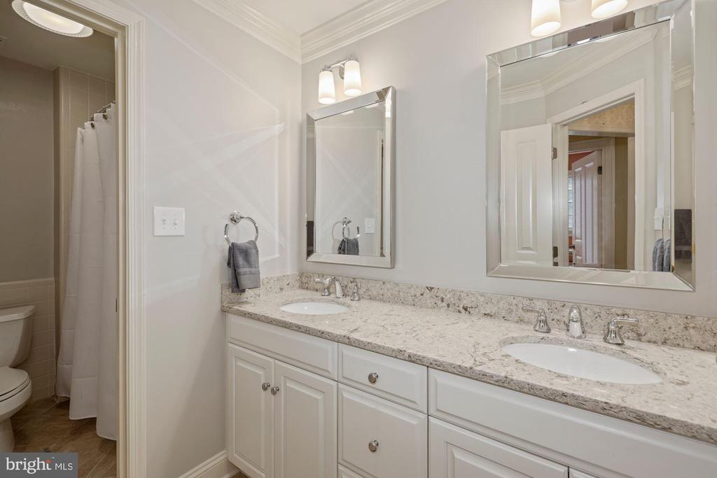 Hall Bath with dual sinks - 1901 ALLANWOOD PL, SILVER SPRING