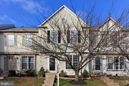21013 COACH HOUSE SQ