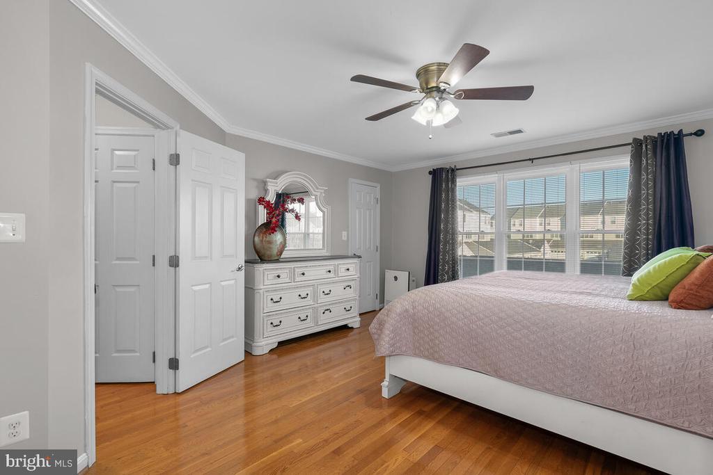MASTER BEDROOM - 25487 FLYNN LN, CHANTILLY
