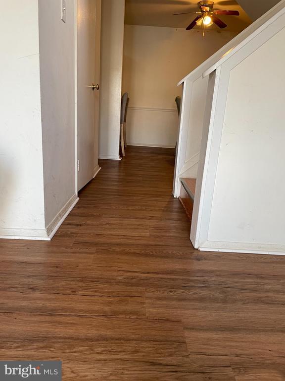 Stairway - 120 ADAMS DR NE, LEESBURG
