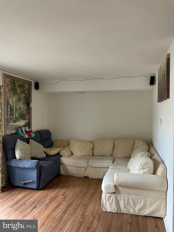 Livingroom - 120 ADAMS DR NE, LEESBURG