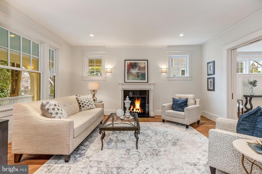 Living room - 3510 MACOMB ST NW, WASHINGTON