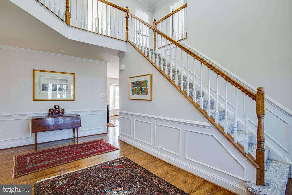Two story foyer welcome you in - 6102 NEW PEMBROOK LN, FREDERICKSBURG