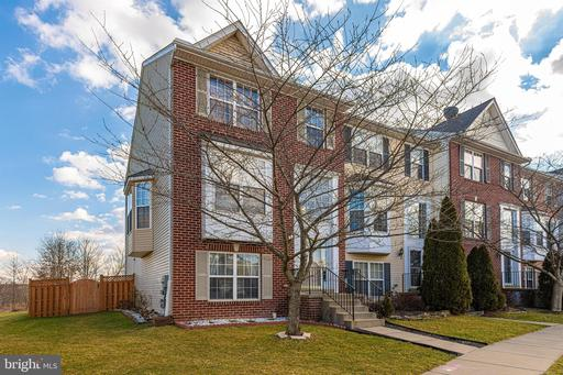 216 TIMBER VIEW CT