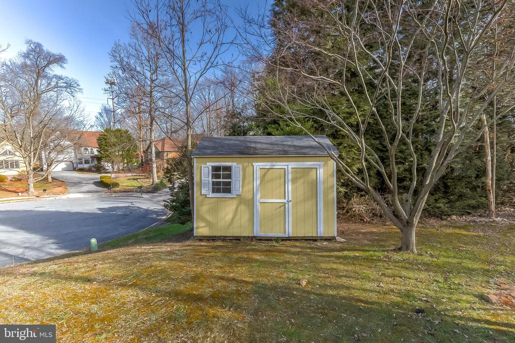 Shed - 6125 WOODED RUN DR, COLUMBIA