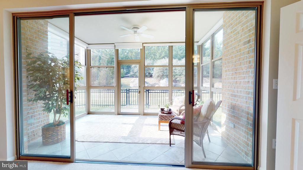 Sunroom Has Heat And Air Conditioning! - 19350 MAGNOLIA GROVE SQ #103, LEESBURG