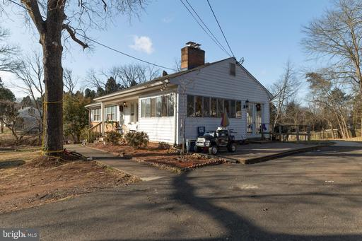 8316 ROLLING RD