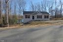 Front - 1066 LAKEVIEW DR, STAFFORD