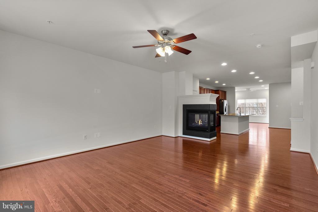 Gleaming Hardwoods in Living Room - 7839 RIVER ROCK WAY, COLUMBIA
