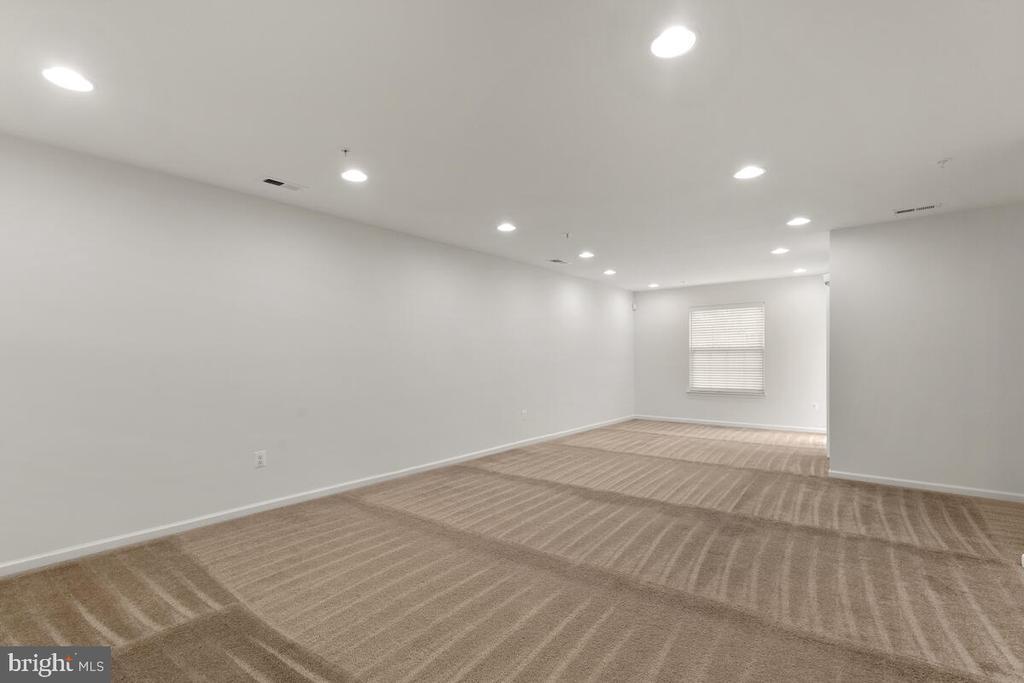 Spacious Recreation Room - 7839 RIVER ROCK WAY, COLUMBIA