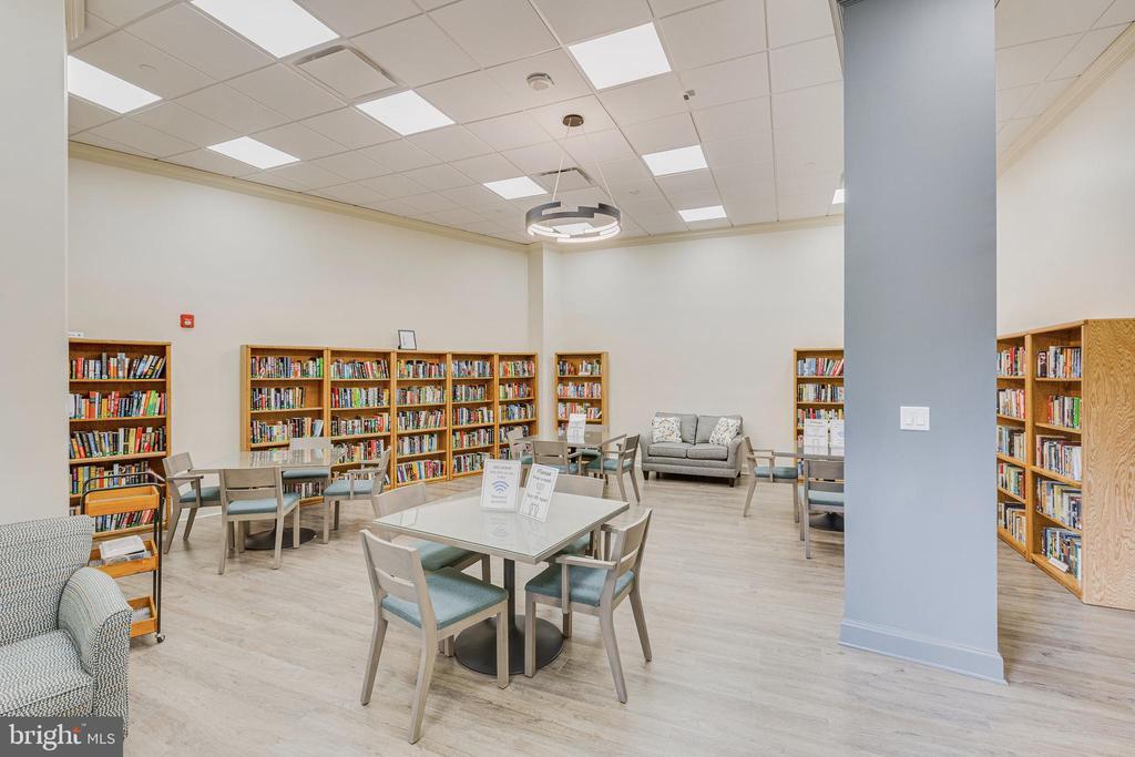 Library - 1300 CRYSTAL DR #PENTHOUSE 14, ARLINGTON