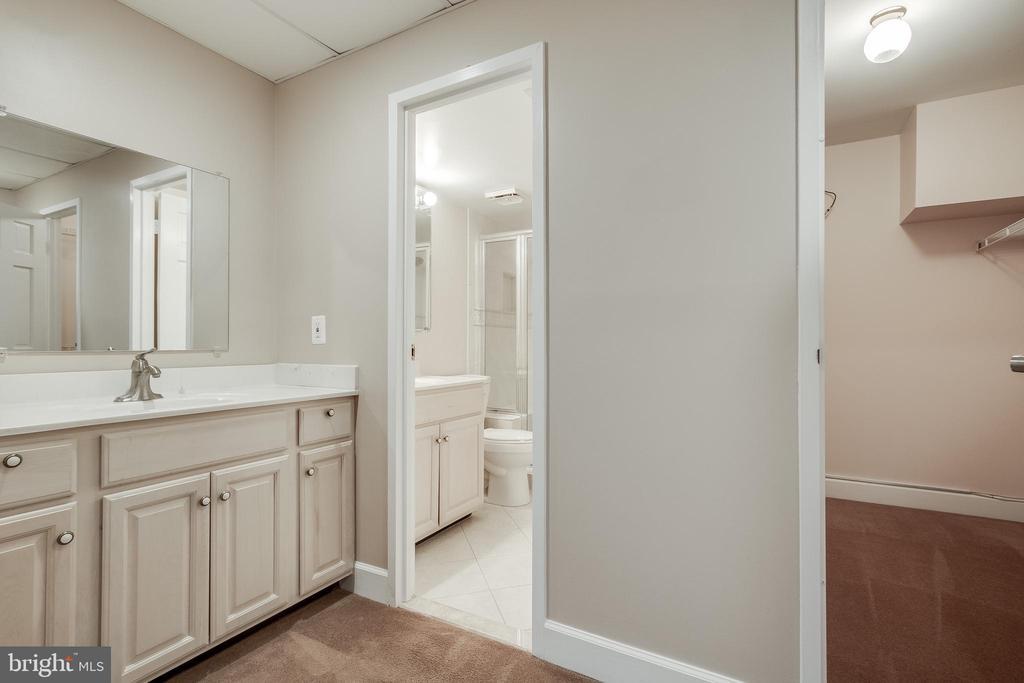 Bathroom #2 - 3031 BORGE ST #101, OAKTON