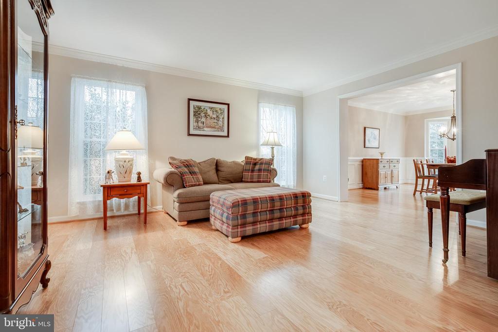 Formal Living Room - 609 MICHAEL PATRICK CT SE, LEESBURG