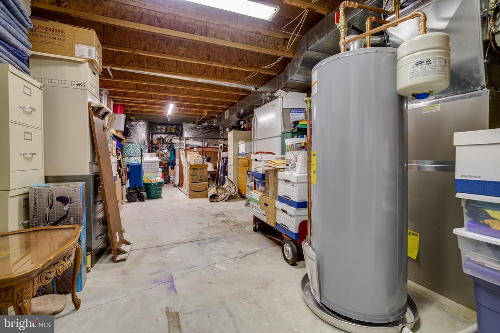 Lower Level Storage or Additional Room to Finish? - 609 MICHAEL PATRICK CT SE, LEESBURG
