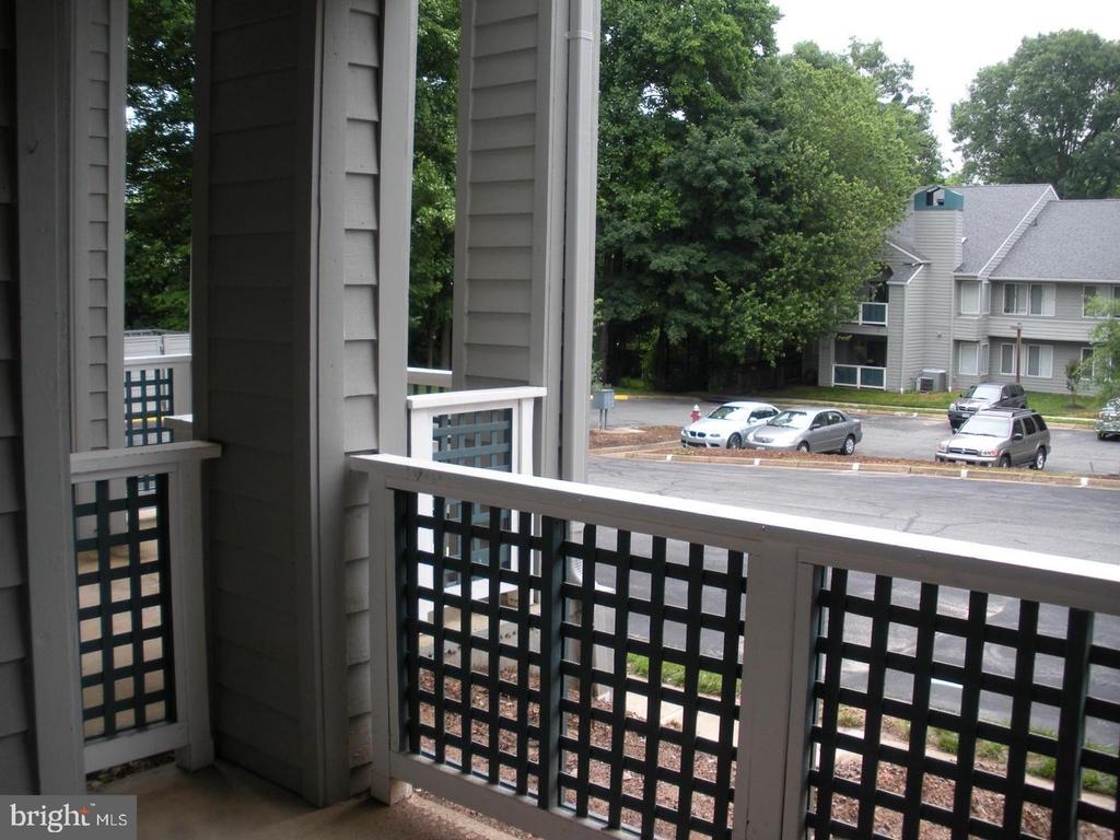 Exterior view from private patio with railing - 11705-C SUMMERCHASE CIR #1705-C, RESTON