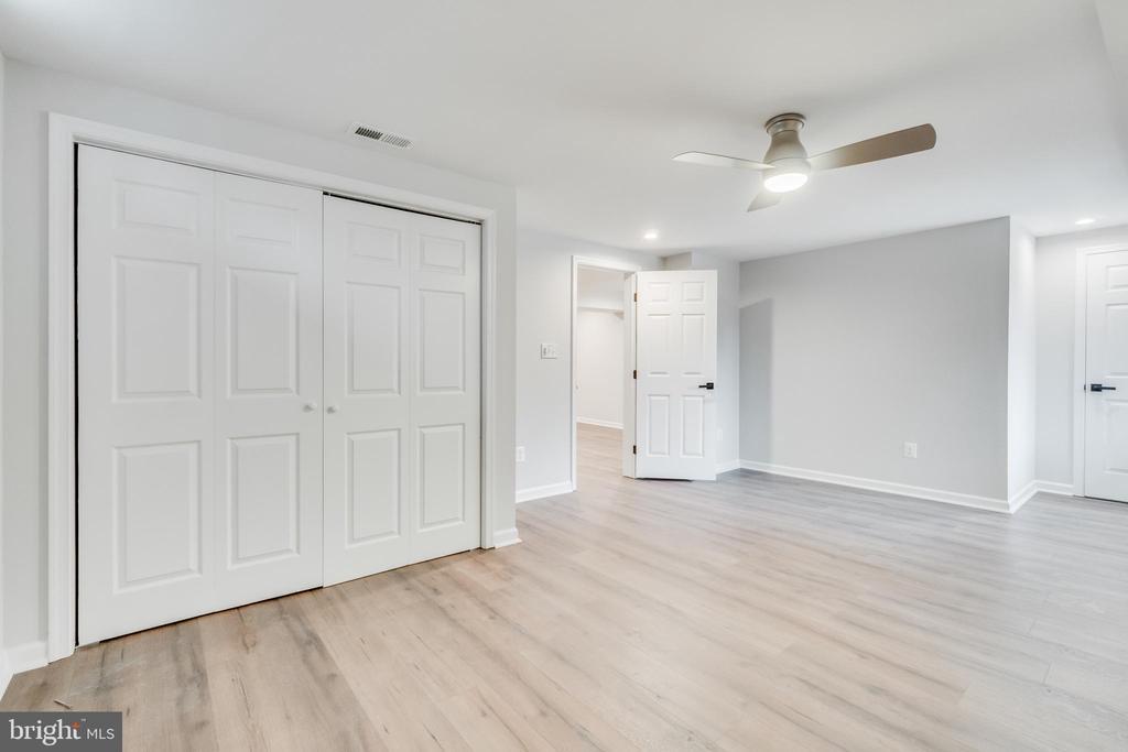 Primary bedroom in the basement - 9035 DAHLGREN RD, KING GEORGE