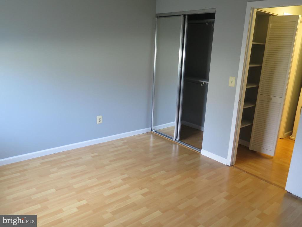 Bedroom second mirrored closet by door - 11705-C SUMMERCHASE CIR #1705-C, RESTON